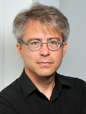 prof. dr. frank bezner
